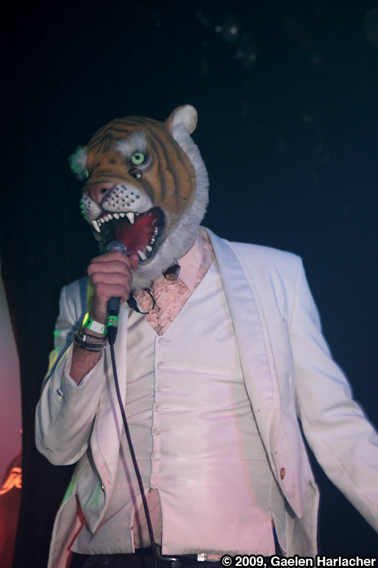 ofmontreal23