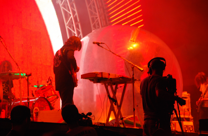 flaminglips09.jpg