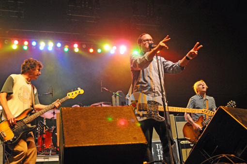 theholdsteady04.jpg