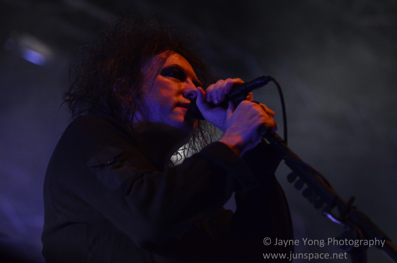 thecure06.jpg
