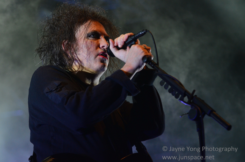 thecure09.jpg