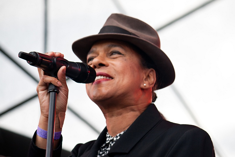 theselecter07.jpg