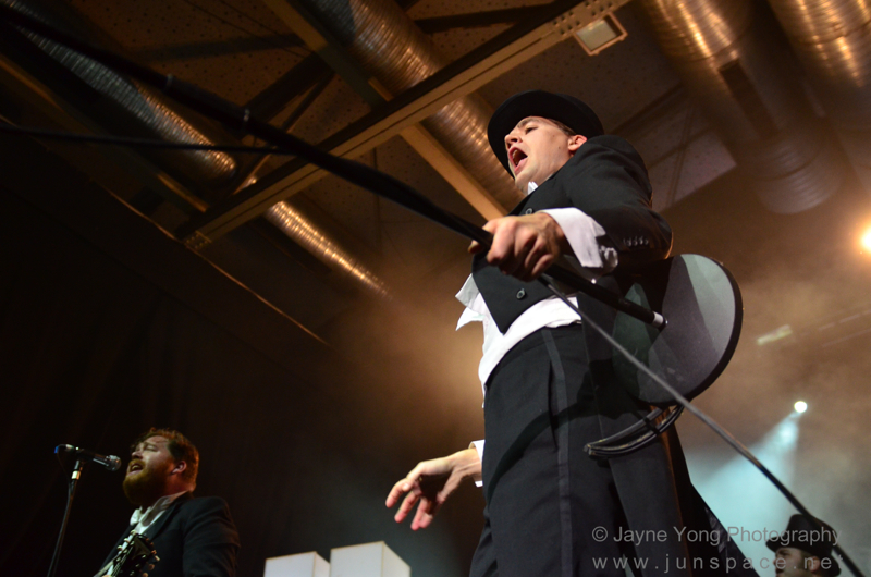 thehives12.jpg