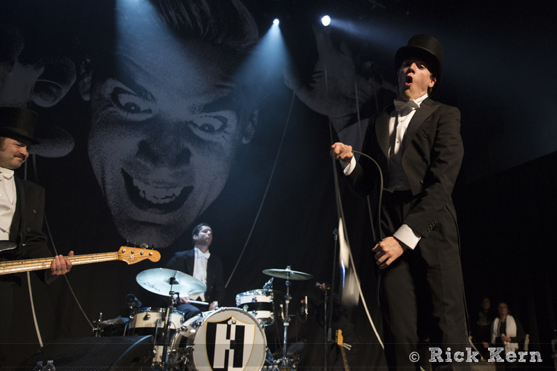 thehives04.jpg