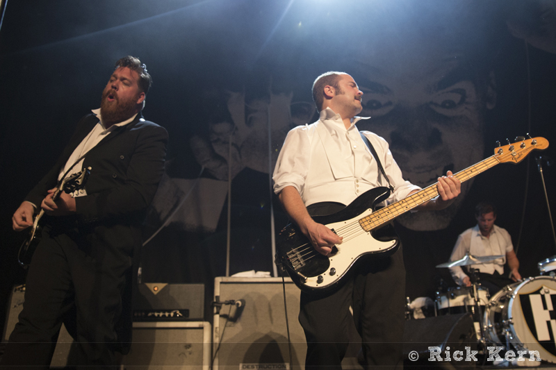 thehives07.jpg
