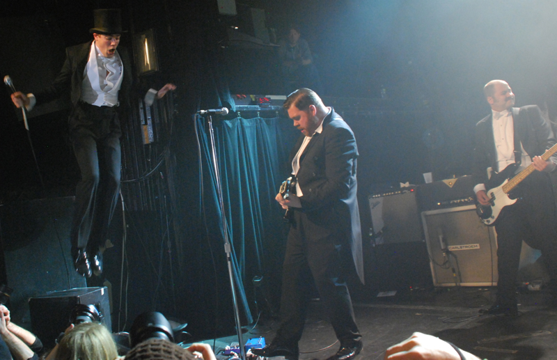 thehives20.jpg