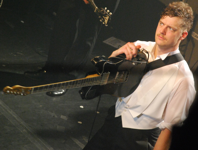 thehives26.jpg