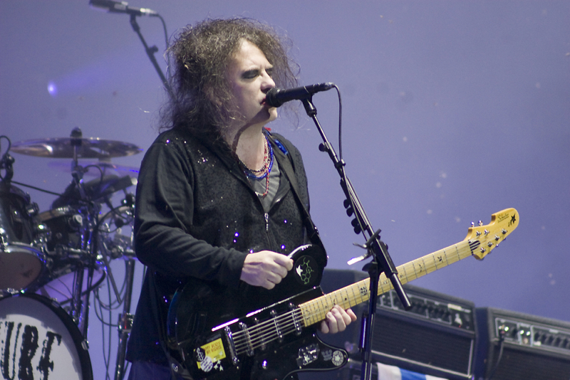 thecure11.jpg