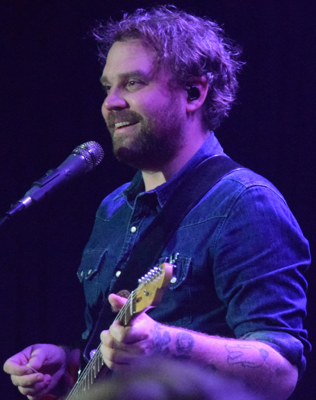 frightenedrabbit10.jpg