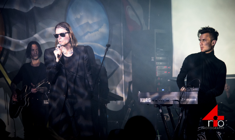 coldcave10