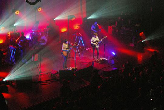 Tegan & Sara & crowd