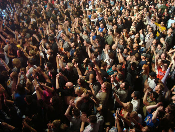 Stone Temple Pilots crowd