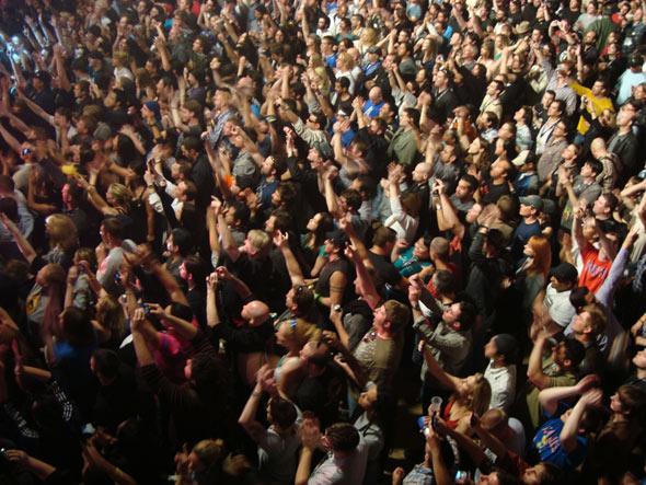 Stone Temple Pilots crowd