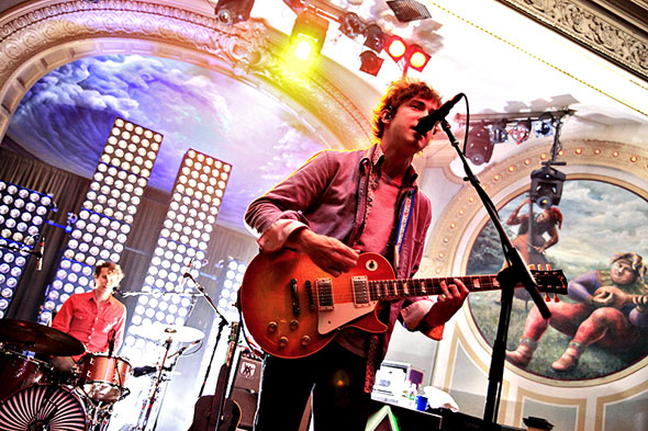 MGMT : Live