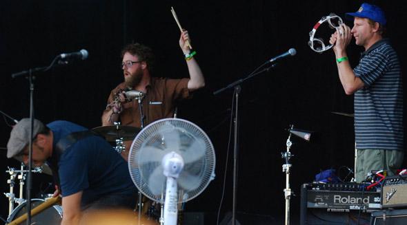 Pavement percussion