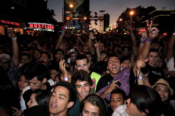 Sunset Strip fans on Day Three