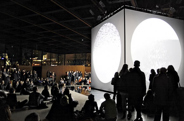 crowd & cube at Neue Nationalgallerie