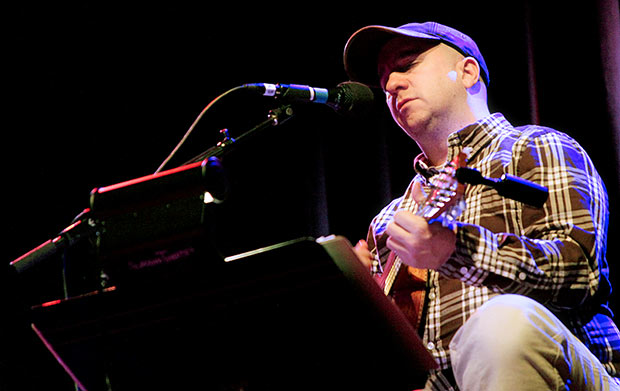 The Magnetic Fields : Live