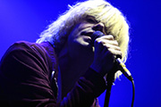 The Charlatans : Live