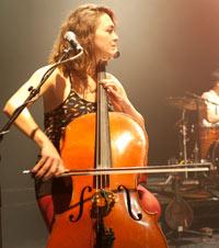 Neyla Pekarek