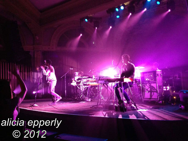 Passion Pit : Live