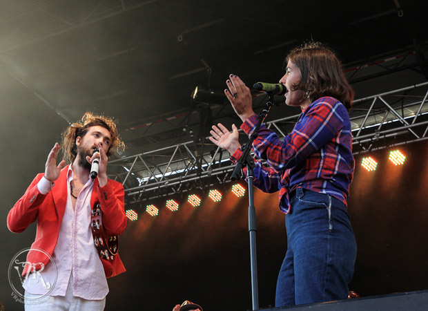 Edward Sharpe & The Magnetic Zeros : Live