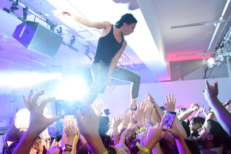 Kim's crowd-surf booty dance