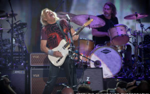 Joe Walsh Concert Photo Gallery