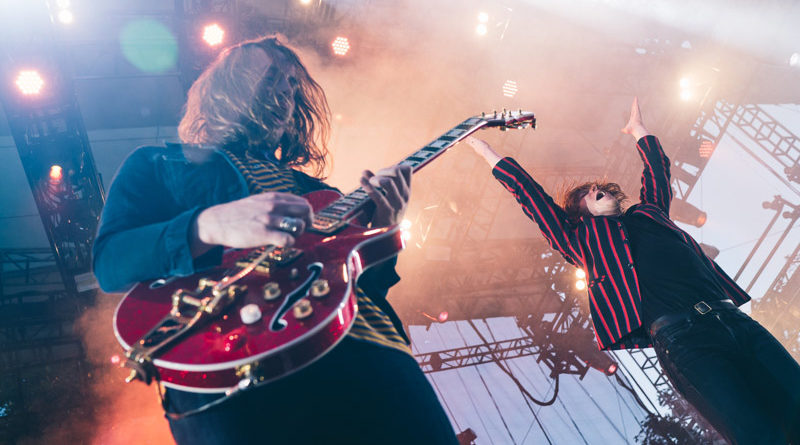 Cage the Elephant : Live