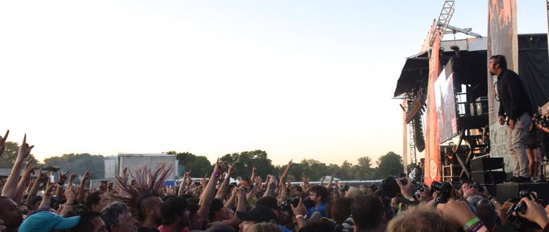 Deftones + crowd