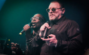 Black Grape – Live