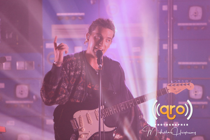 LANY : Q&A