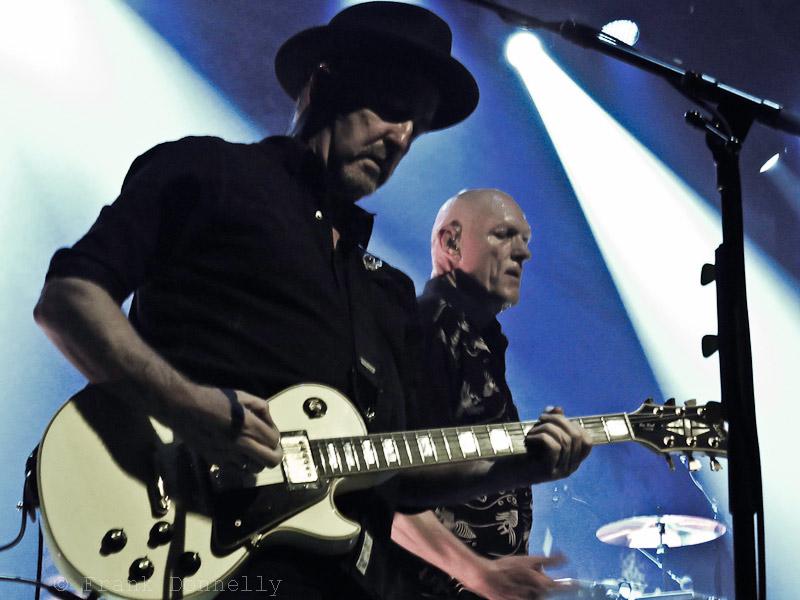 Midnight Oil : Live