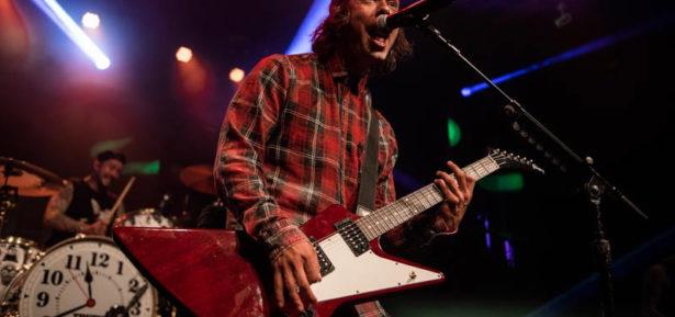 Pierce The Veil : Live