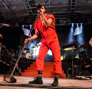 Young the Giant : Live