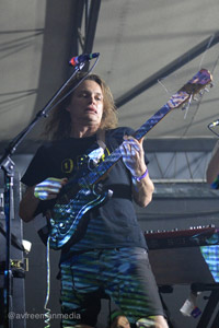 Stu Mackenzie