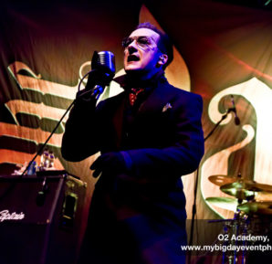 The Damned : Live