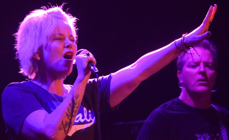 Letters To Cleo : Live