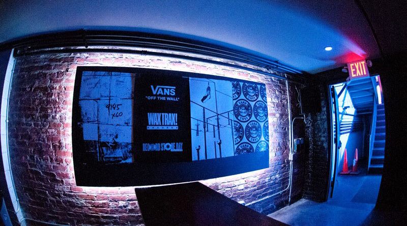 The Story of Wax Trax! Records : Live