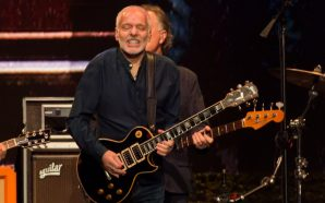 Peter Frampton Concert Photo Gallery