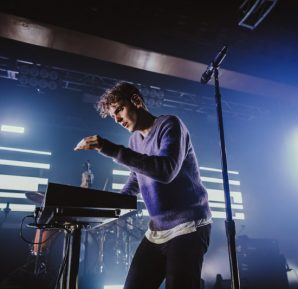 COIN : Live